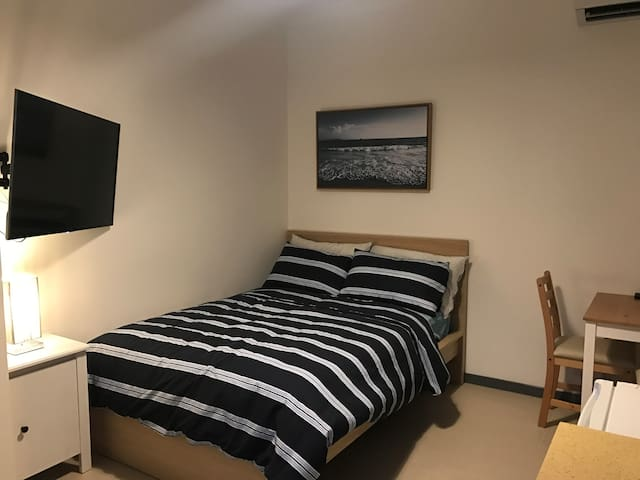 Modern newly renovated Cosy private room - Footscray - Talo
