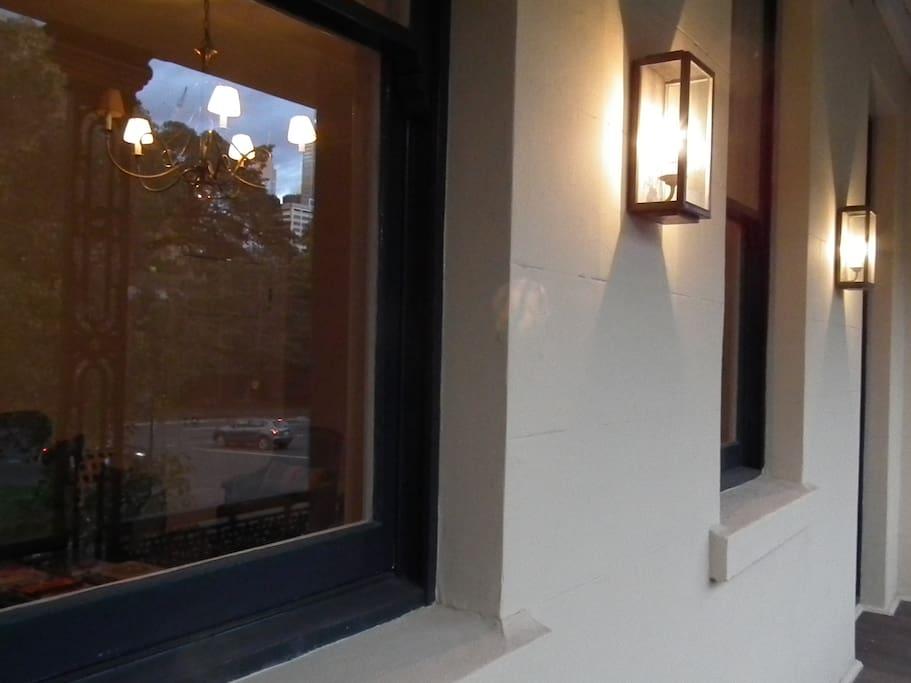 im historischen zentrum von sydney gelegen wohnungen zur miete in millers point new south. Black Bedroom Furniture Sets. Home Design Ideas