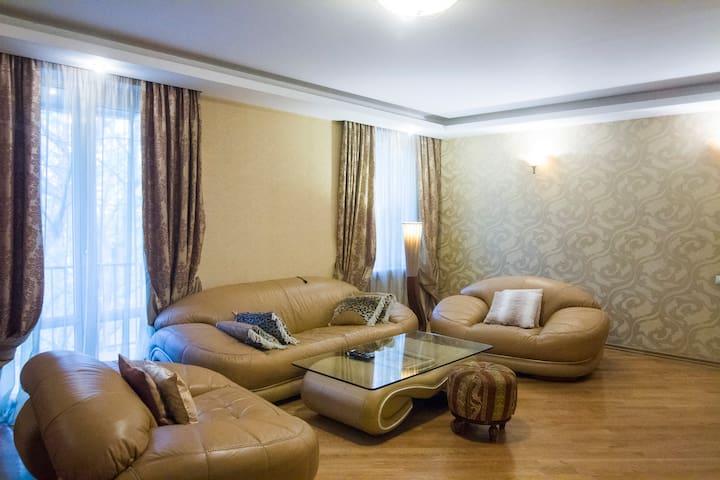 люкс апартаменты Ваке - Tbilisi - Apartment