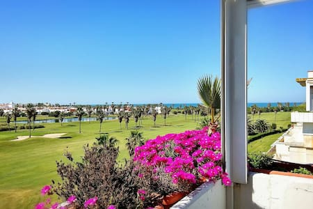 ATTIC IN COSTA BALLENA(ROTA).GOLF&OCEAN VIEWS+WIFI