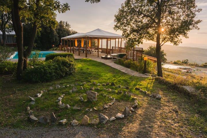 Studio in a beautiful Tuscan Villa - Seggiano - Casa de campo