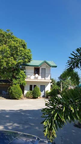 Doña Josefa Aquino Beac Resorts Apartment - Alaminos City Pangasinan - Rumah
