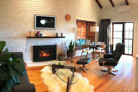 Cockatoo View