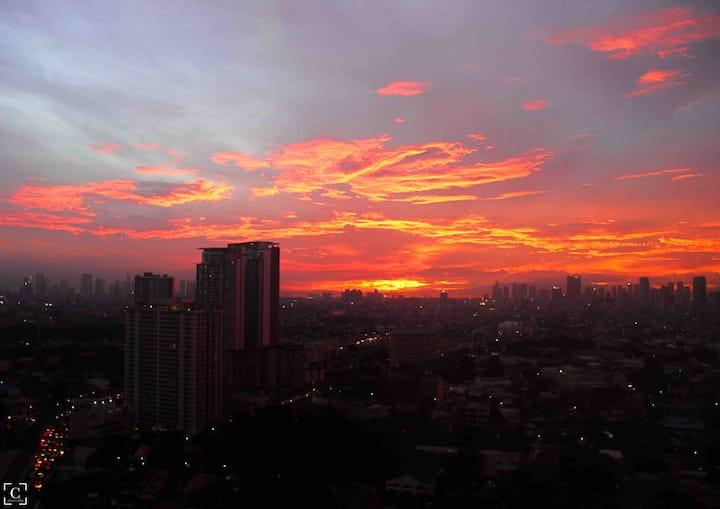Beautiful Sunset - Japan in Manila 100mbps+Netflix