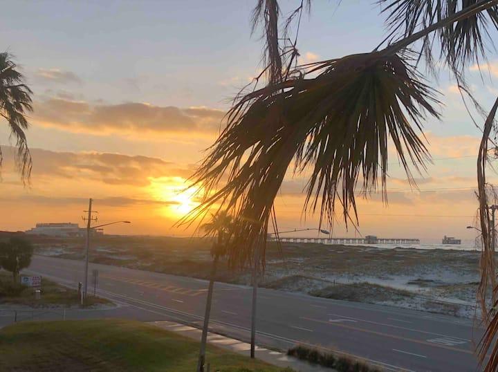 Gulf view condo, Beach across Street-balcony-pool