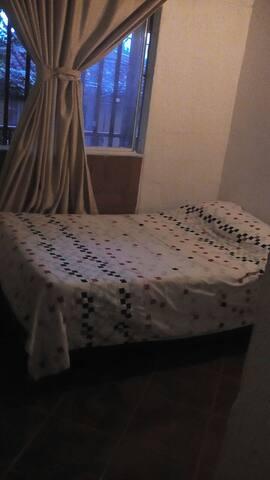 Un hogar cálido,acogedor y divertido, en Rionegro. - Rionegro - House