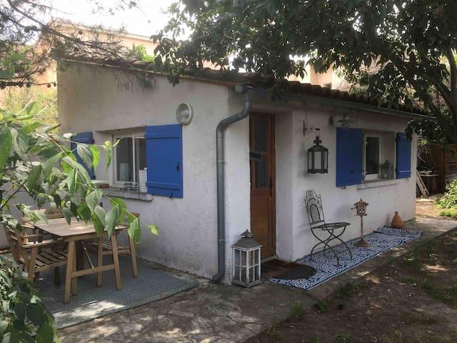 Studio et  terrasse