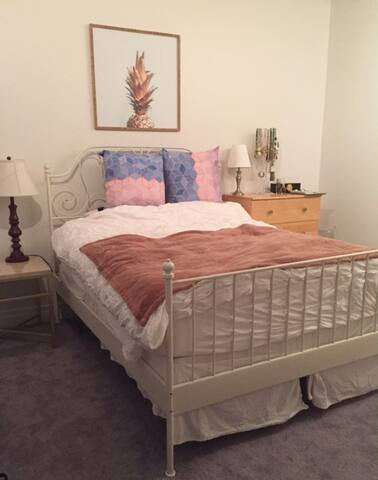 Large 2 bed, 2 bath U st/Shaw apartment - Washington - Departamento