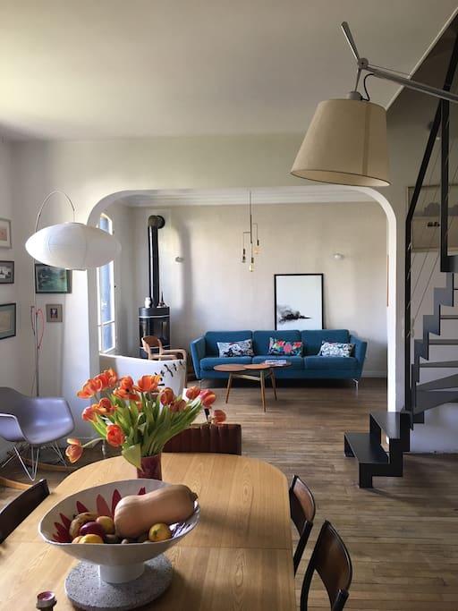 une maison a 15 minutes de paris maisons louer bois colombes le de france france. Black Bedroom Furniture Sets. Home Design Ideas