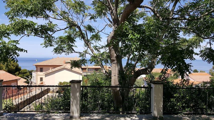 Villa Tella  - Terrazza vista panoramica, giardino