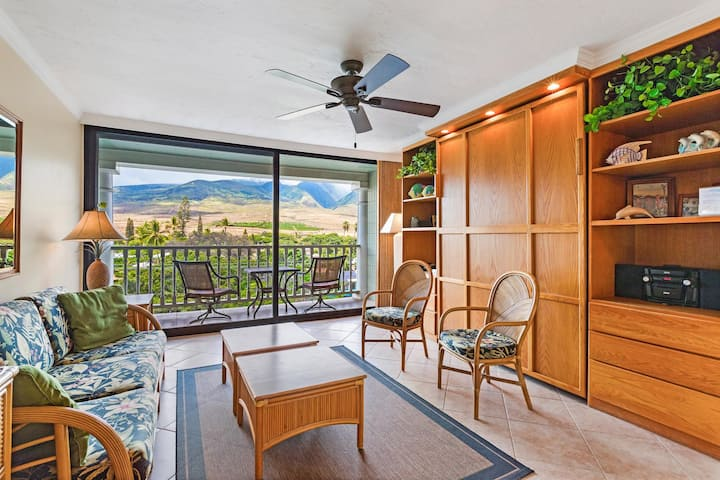 506 Lahaina Shores Mountain View Studio Awesome Location!