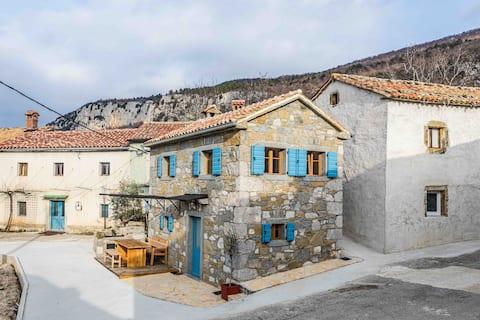 Mountain Lodge Istria, Stone house I