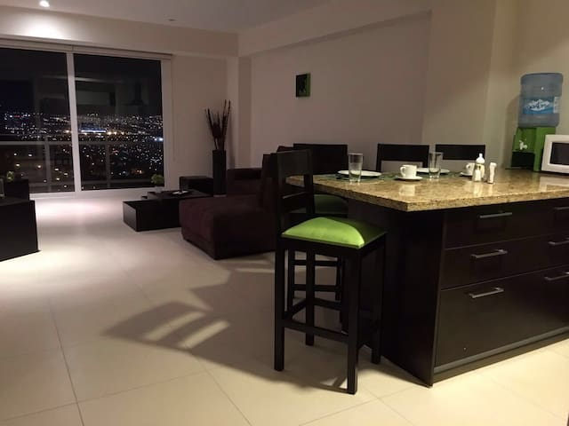 LUXURY APARTMENT WITH ARCOS VIEW