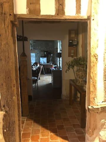 Passage cuisine-salon