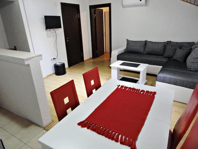 Apartman Mihailo