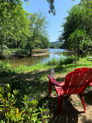 Beautiful campsites available right on the river!