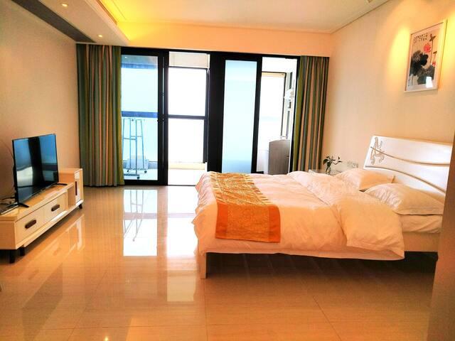 全海景北部湾一号地标公寓31层观海景65平方米大套间房