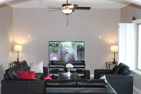 Beautiful Place to live, Free Paking, Private room