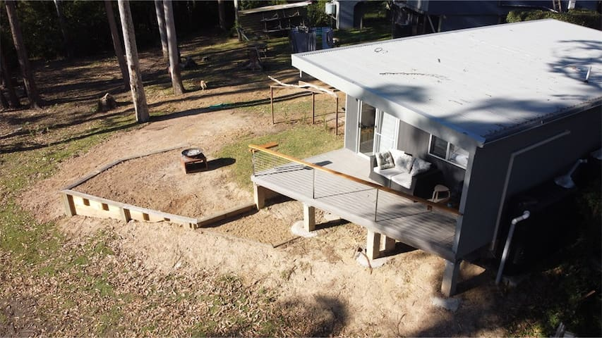 Saltwater Cabin - South Durras ::  WiFi & Fire Pit