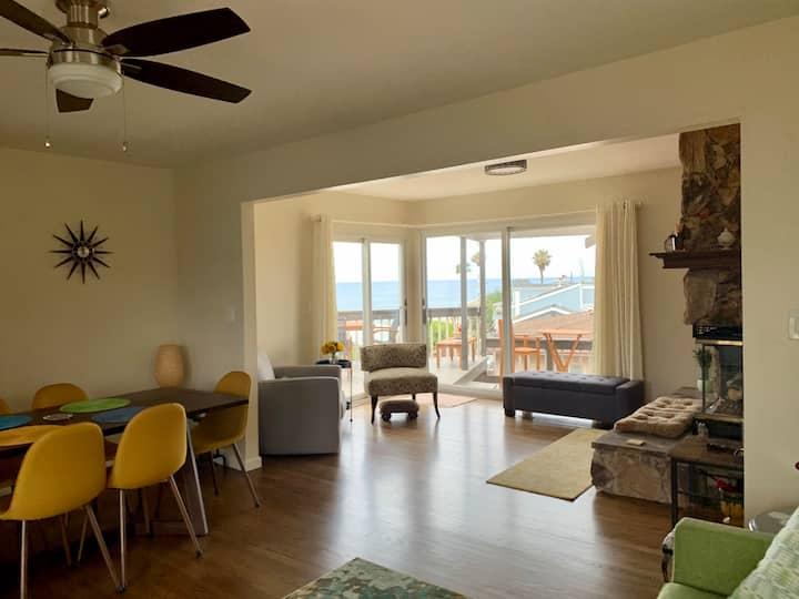 Beautiful Top Floor Apartment Ocean View