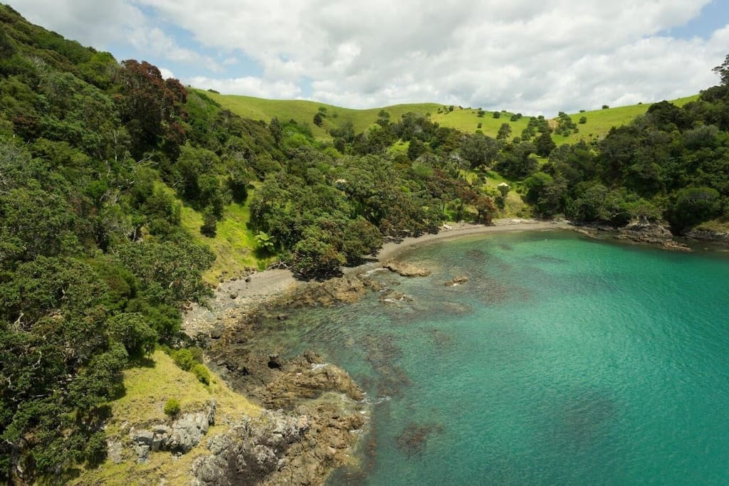 Private home beach. Taiwawe means 'where the tide is alway right' the property contained the remains of an ancient Maori Pa or Fortress