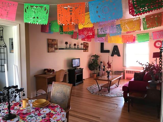 Vibrance By PKL Homes - River Apt Short/ Long Term
