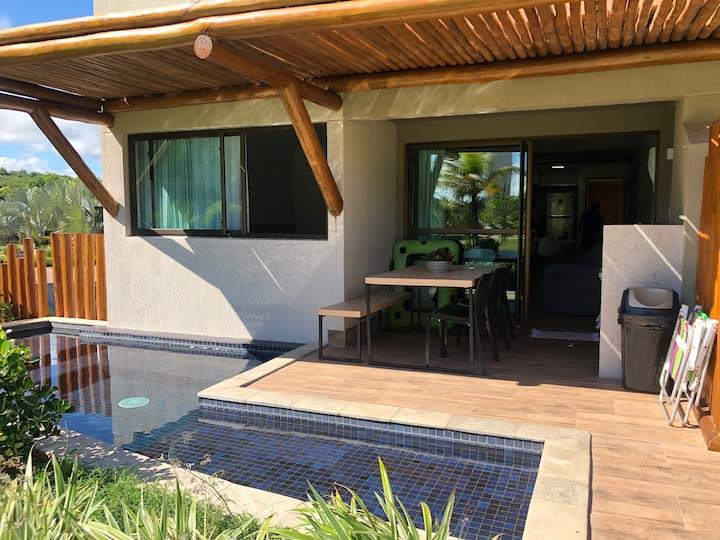 Luxuoso flat no La Fleur Polinésia- Térreo