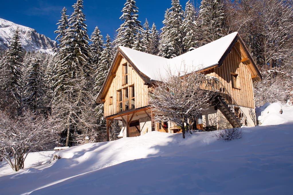 la chambre de terre blanche houses for rent in saint pierre de chartreuse rh ne alpes france. Black Bedroom Furniture Sets. Home Design Ideas