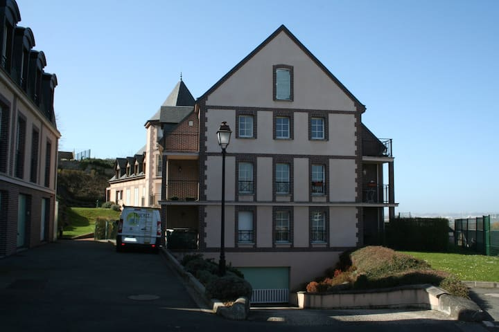 Honfleur Penthouse Apartment - Honfleur - Huoneisto