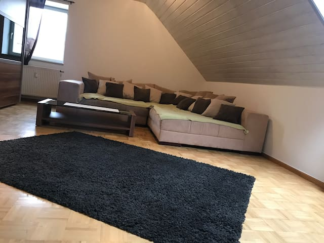 Vilstaler Dachgeschosswohnung beim Bayern Park