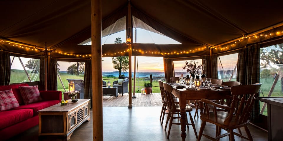Lapwing:Beautiful safari tent in a tranquil meadow - West Meon - Telt