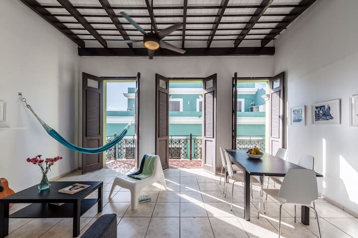 Beautiful Home with Amazing Balcony - San Juan - Appartement