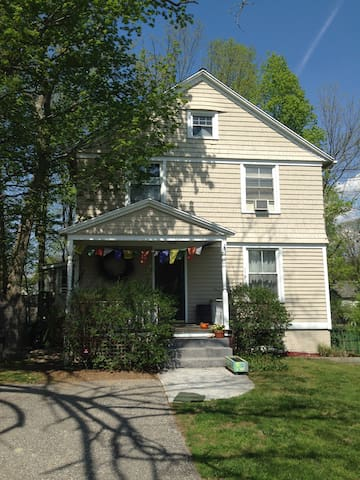 Charming Victorian in NW CT - Canaan - Hus