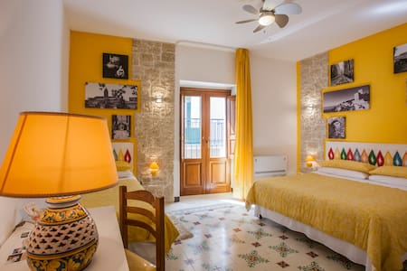 Bed & Breakfast ad Erice gialla