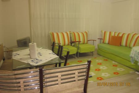 Fully furnished flat in town center - Dikili - Apartamento