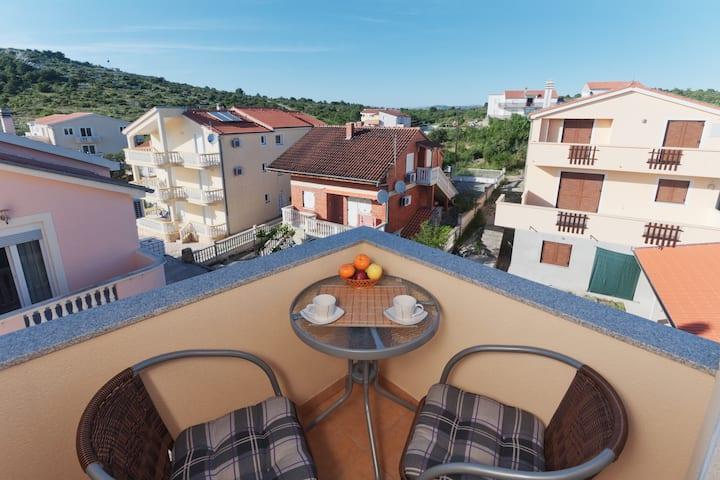 Nice Apartment Damir 6
