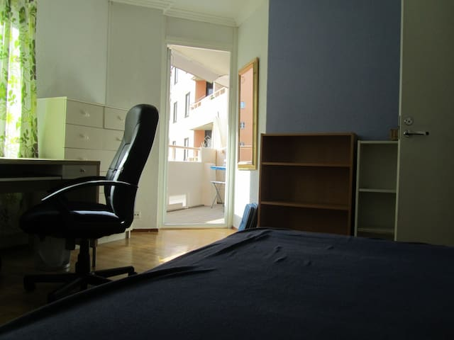 Room at Odenplan - Stoccolma - Appartamento