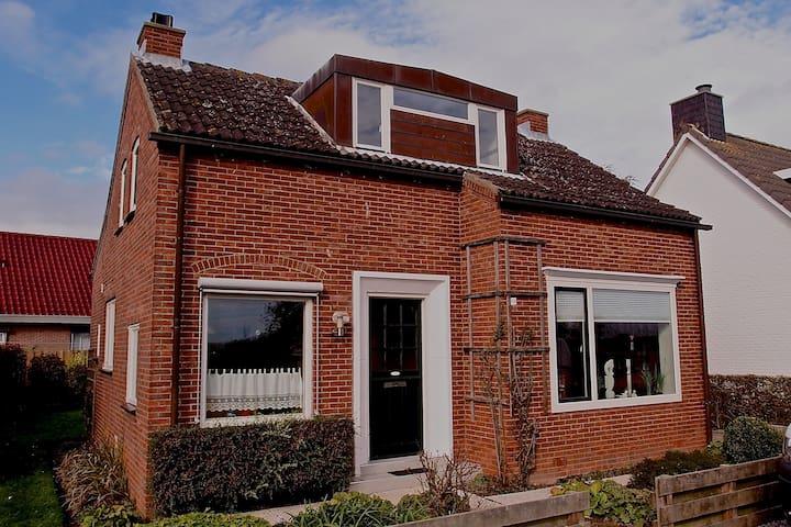 Ferienhaus Süd Zeeland Breskens - Hoofdplaat - บ้าน