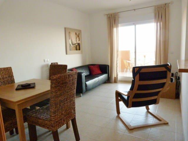 LB01 - 2 bedroom apartment sea view - El Ejido - Huoneisto