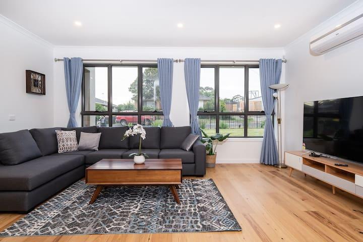 Glen waverley comfortable home