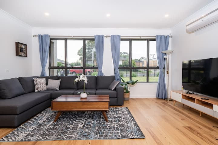 Glen waverley comfortable home