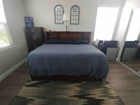 Rustic Room in Patterson, CA