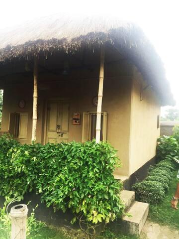 Jhumkolata-Mud House-Itachuna Rajbari - Hooghly