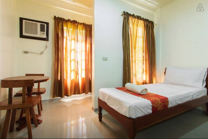 Clean rooms very near airport