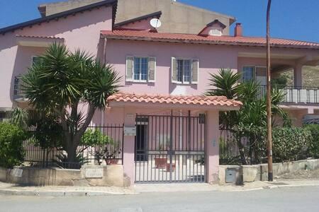 Cheap apartment small Sicilian town - Cattolica Eraclea
