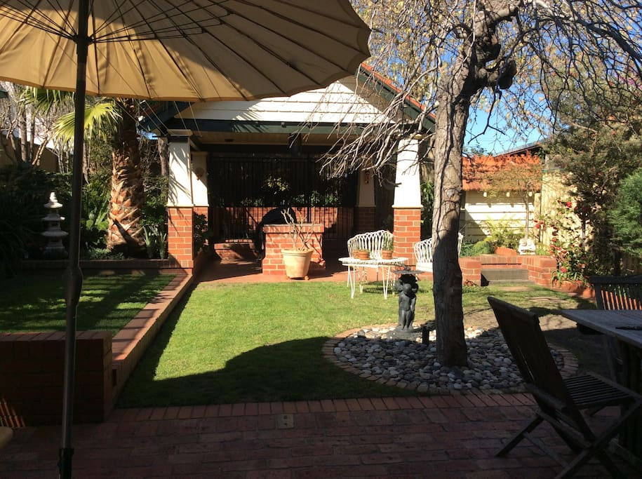 The house has well maintained, private back garden, surrounded by established trees.