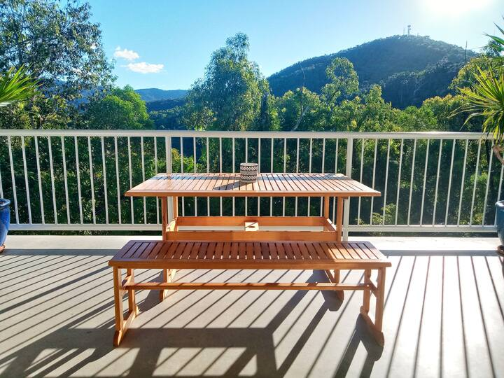 Shute Harbour Escape- 2 BR Private Tranquil Luxury