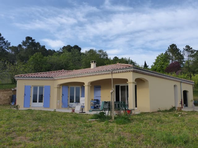 Nice house in a peaceful place - Montoison - Villa
