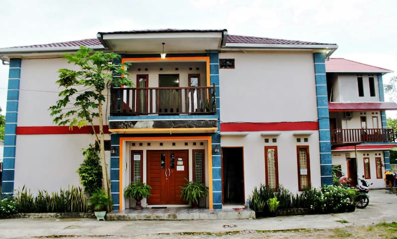 Blessing Home Stay - Balikpapan - Pension