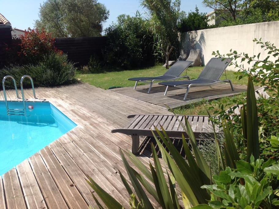Studio avec jardin piscine 2 v los houses for rent in for Clamart piscine